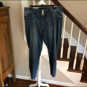 Torrid skinny jeans Size 18R